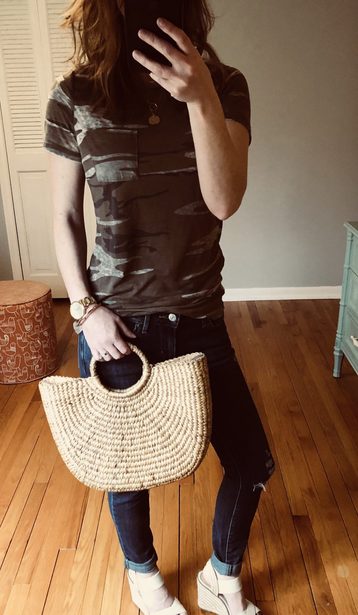 selfie with straw handbag, camp shirt and jeans