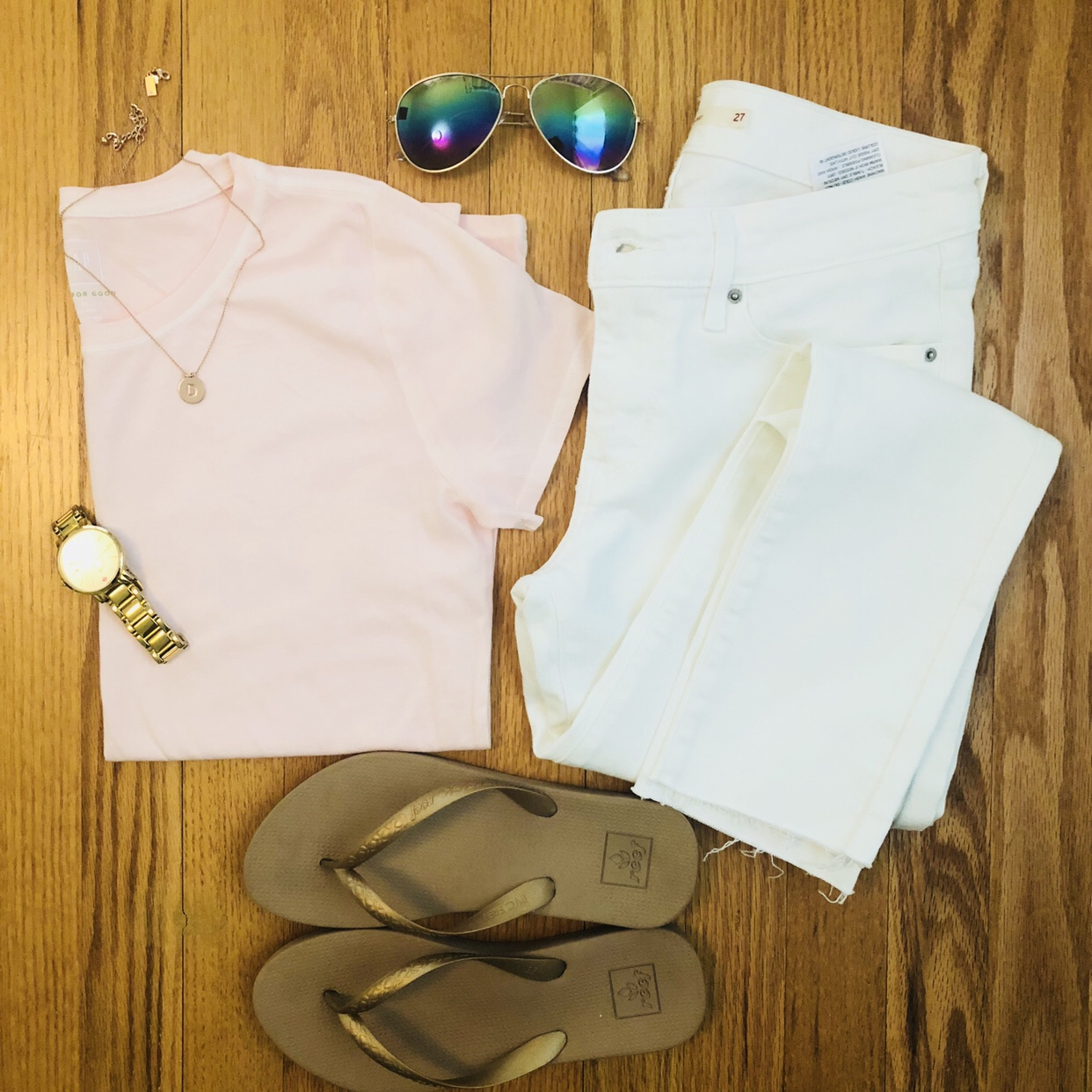 White denim flatlay - tshirt and flip-flops