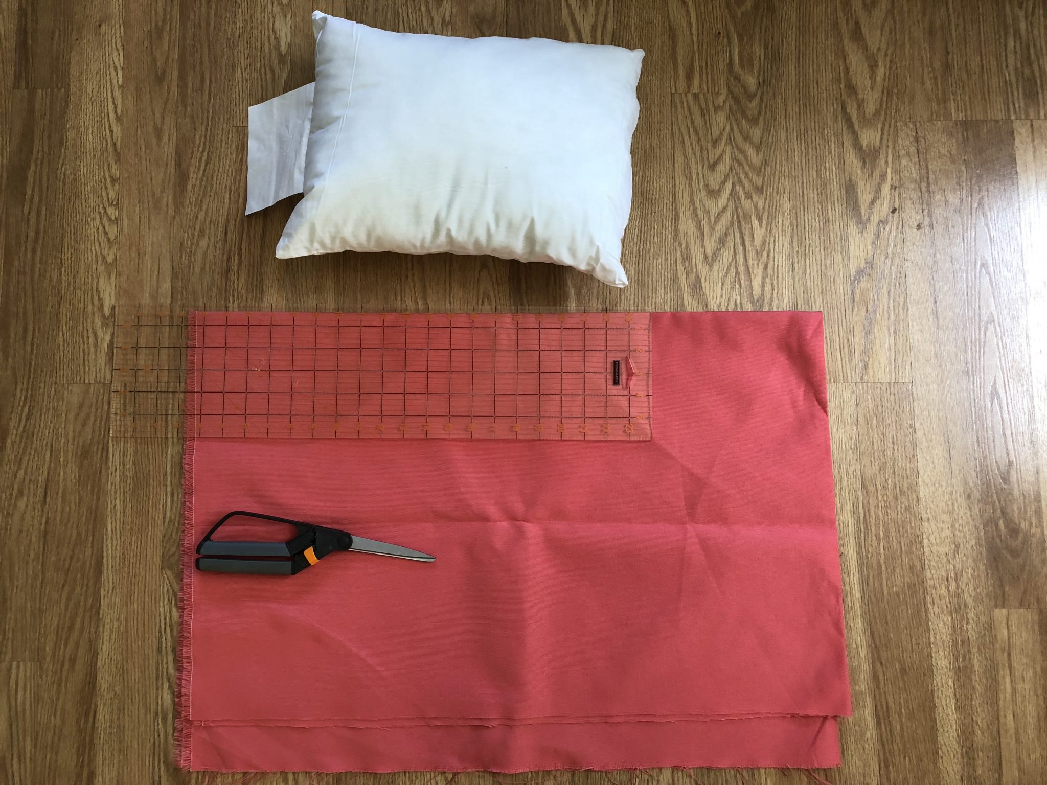 items needed for easy bow pillow