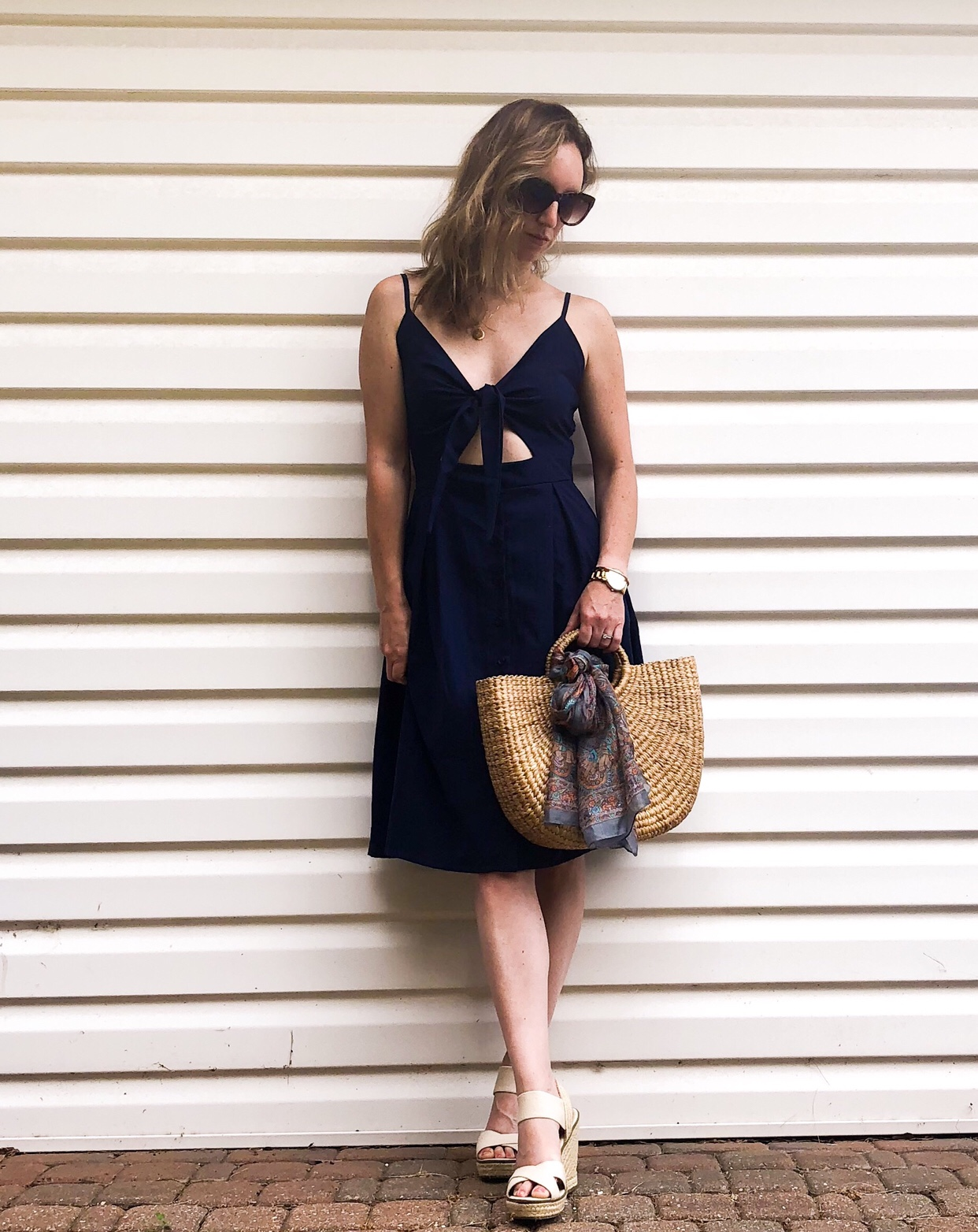 Sweet navy day dress for summer #daydress #summerstyle #afforablefashion #strawhandbag #outfitinspo