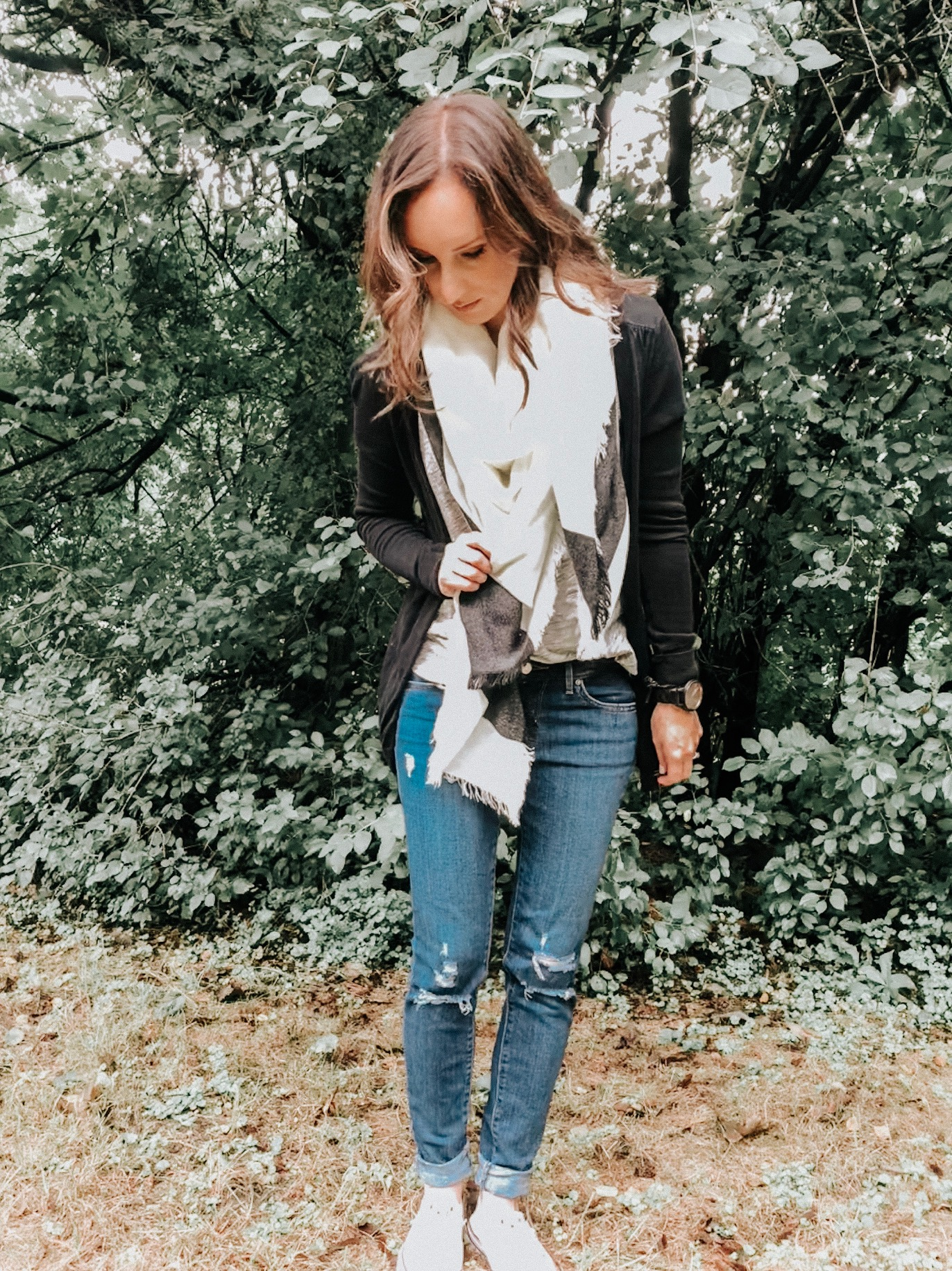 Must have items to complete your fall looks - Blanket scarf #fallstyle #fallfashion #scarves