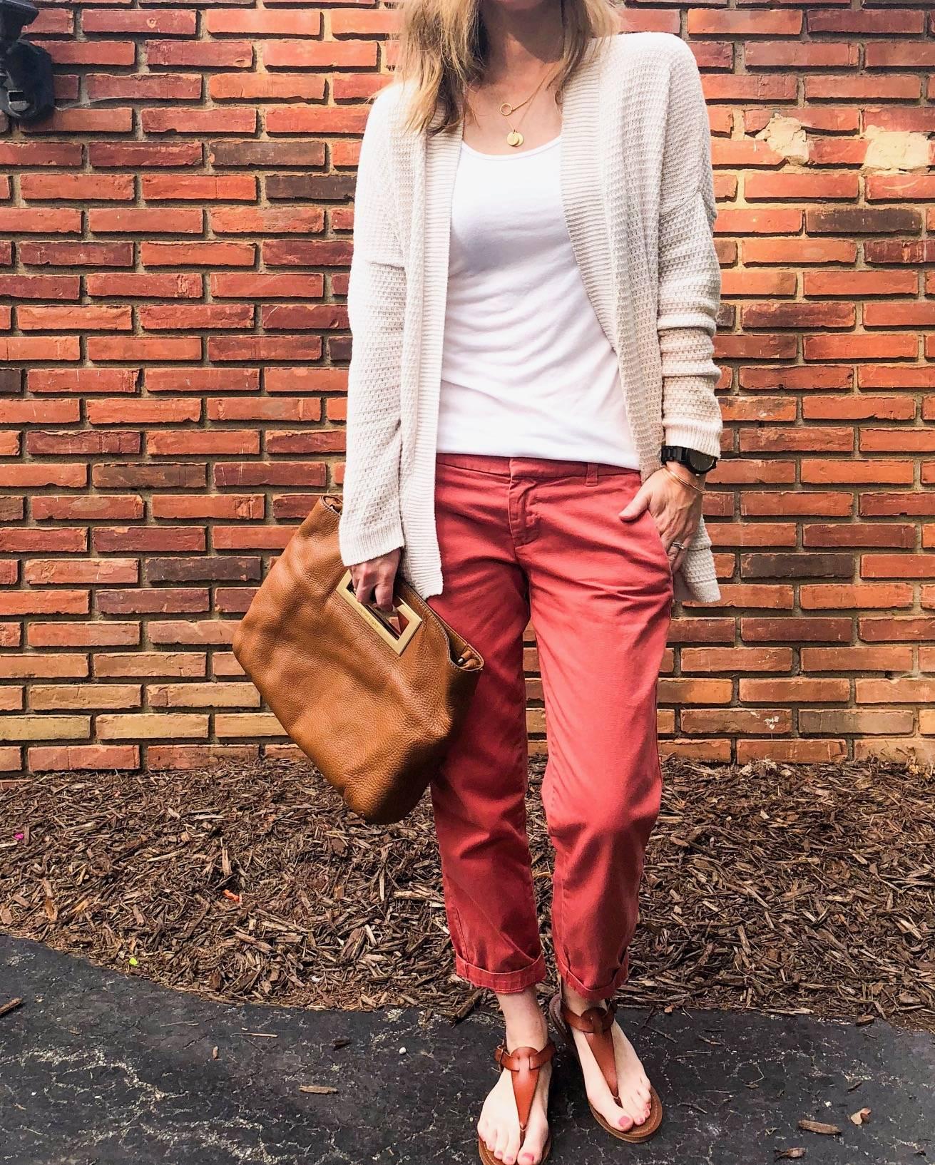 Daily Splendor - August Instagram Roundup #fallfashion #casualllook #fashion #sweater #handbag