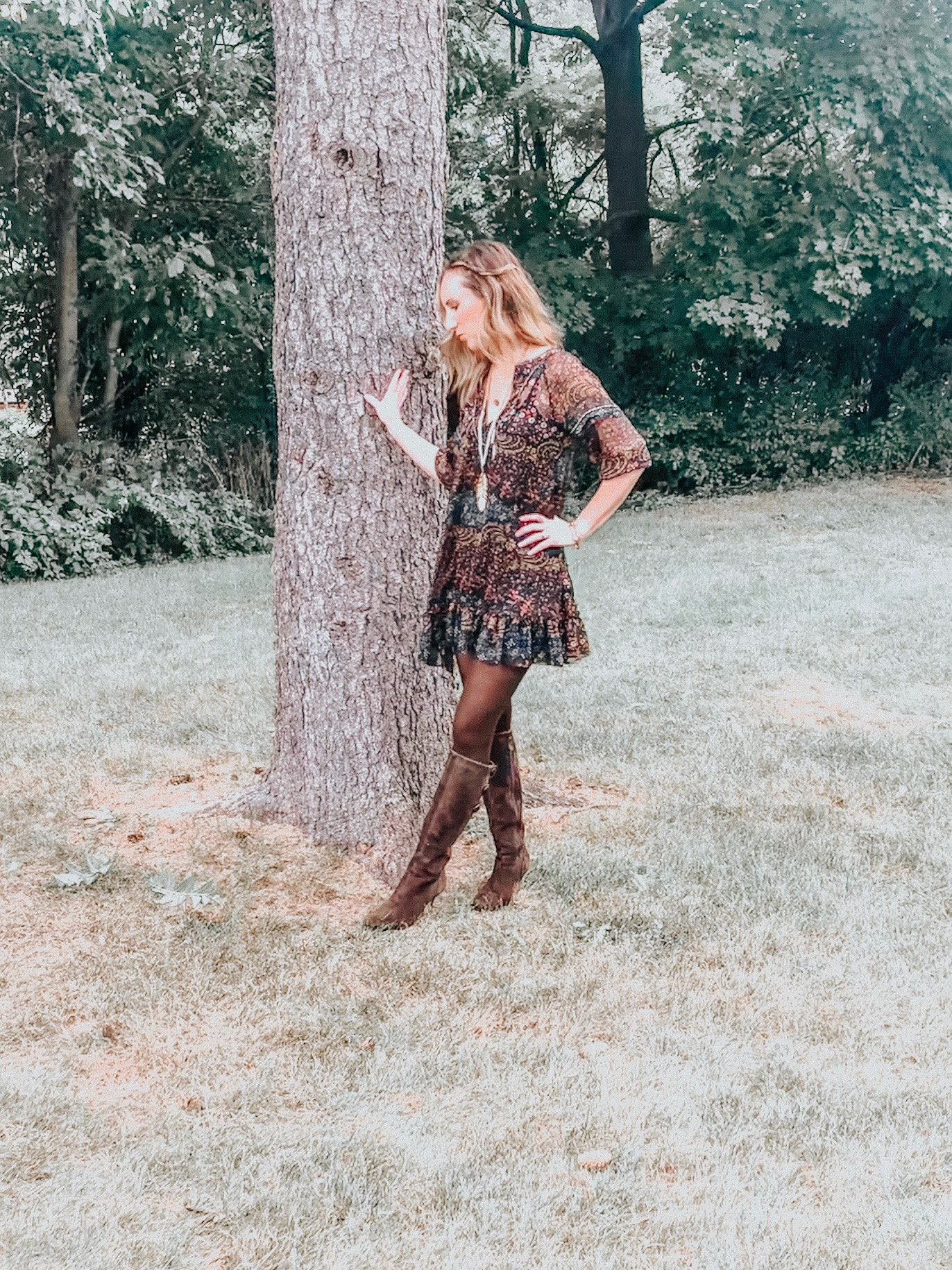 Easy ways to create a boho style outfit #bohostyle #bohemianstyle #falllooks #fallstyle #neutrals