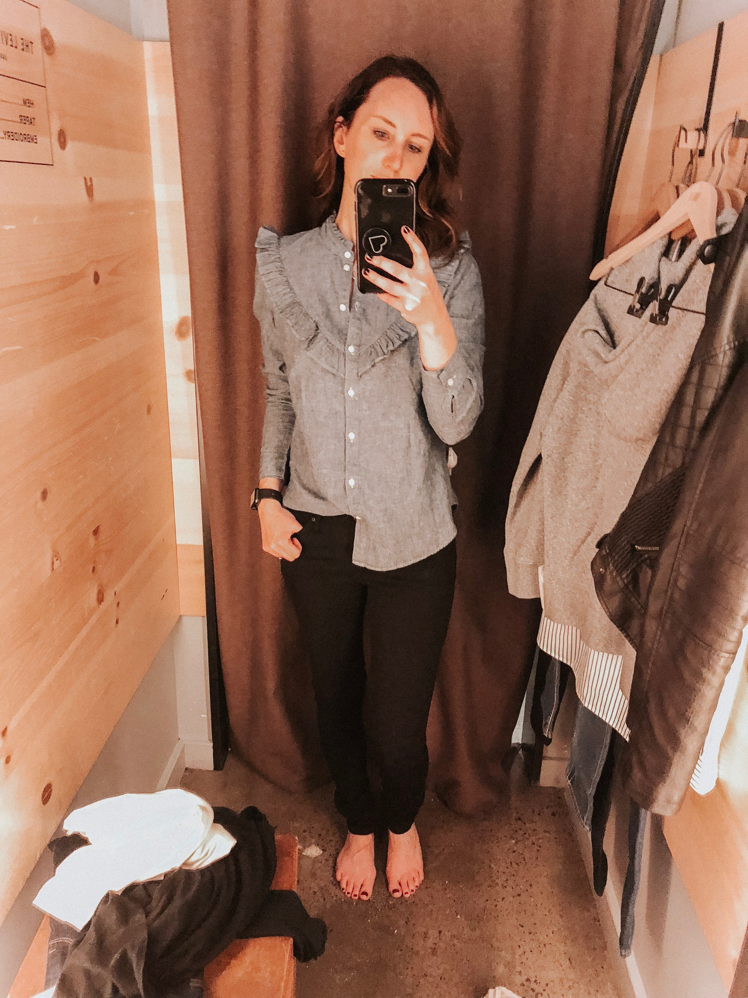 Daily Splendor | Levi's Try On Session #levis #denim #jeans #casualstyle #chambray