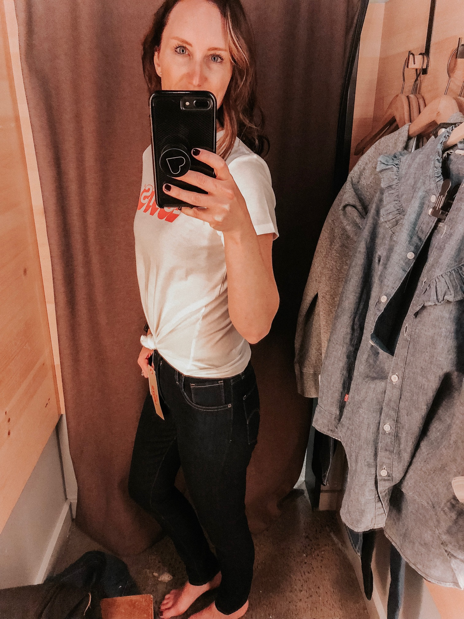 Daily Splendor | Levi's Try On Session #levis #denim #jeans #casualstyle #tshirt