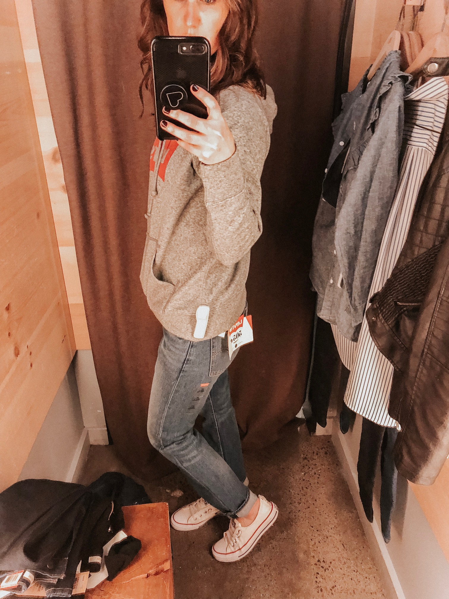 Daily Splendor | Levi's Try On Session #levis #denim #jeans #casualstyle #sweatshirt #hoodie