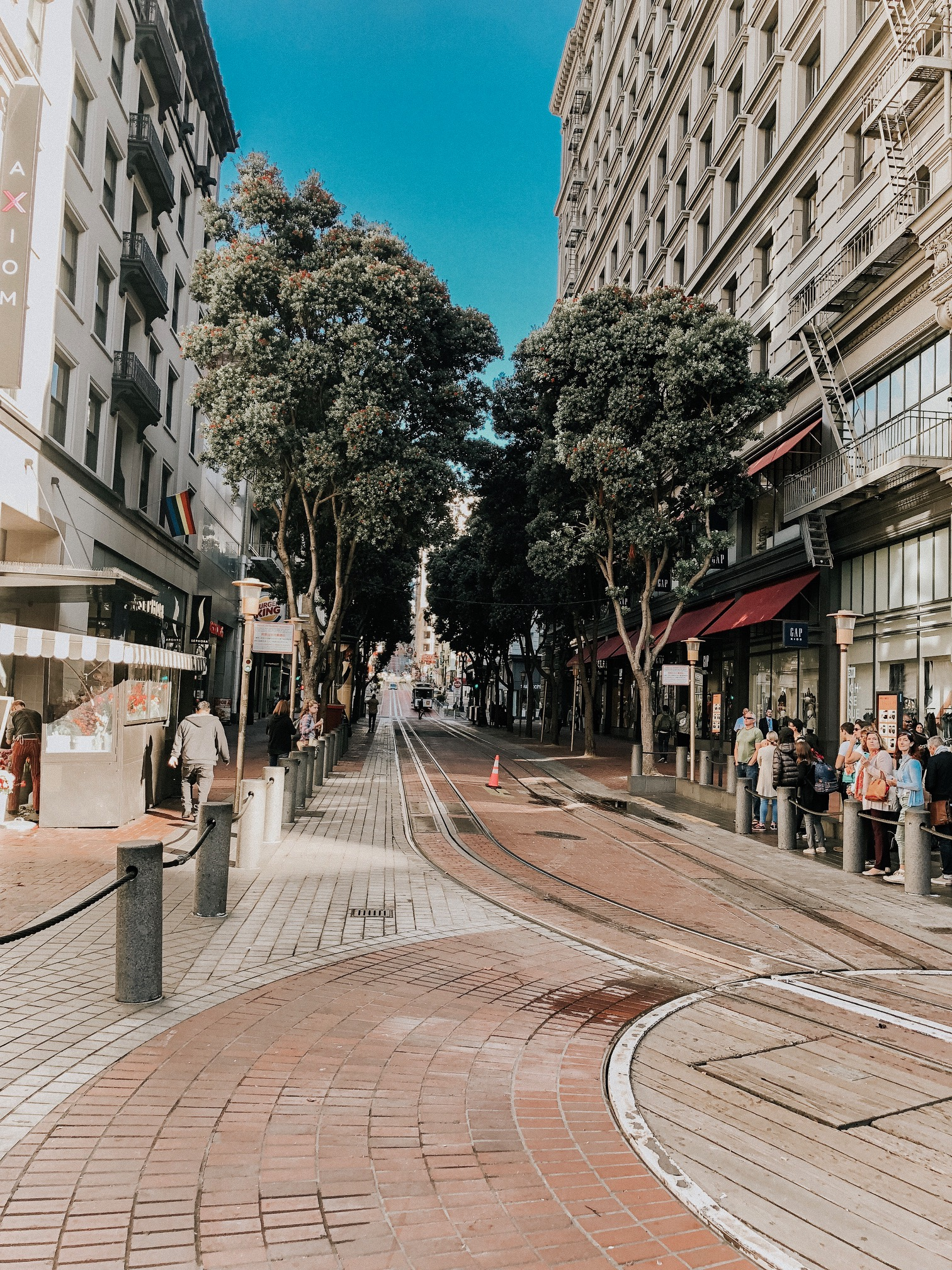 Daily Splendor | Things to do in San Francisco #cablecarride #sanfrancisco #california #marketandpowell