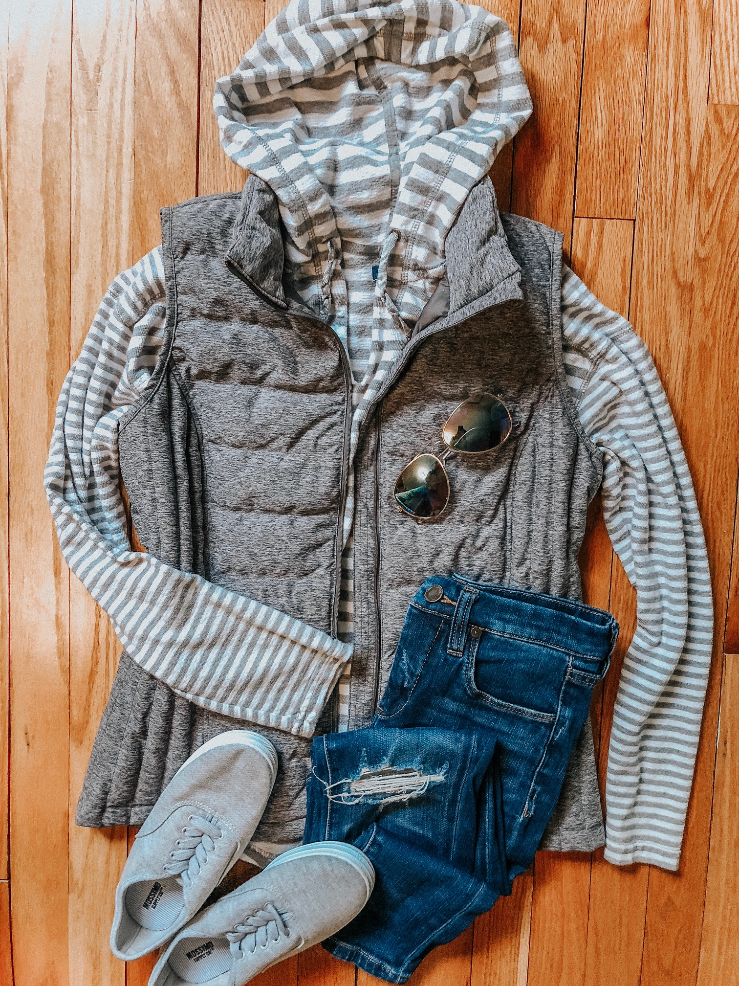 Fall Instagram Favorites | Daily Splendor Life and Style Blog | Denim, striped hoodie, vest and canvas shoes #casualstyle #casualoutfit #momstyle #everydayfashion #fallstyle #fallneutrals #puffervest
