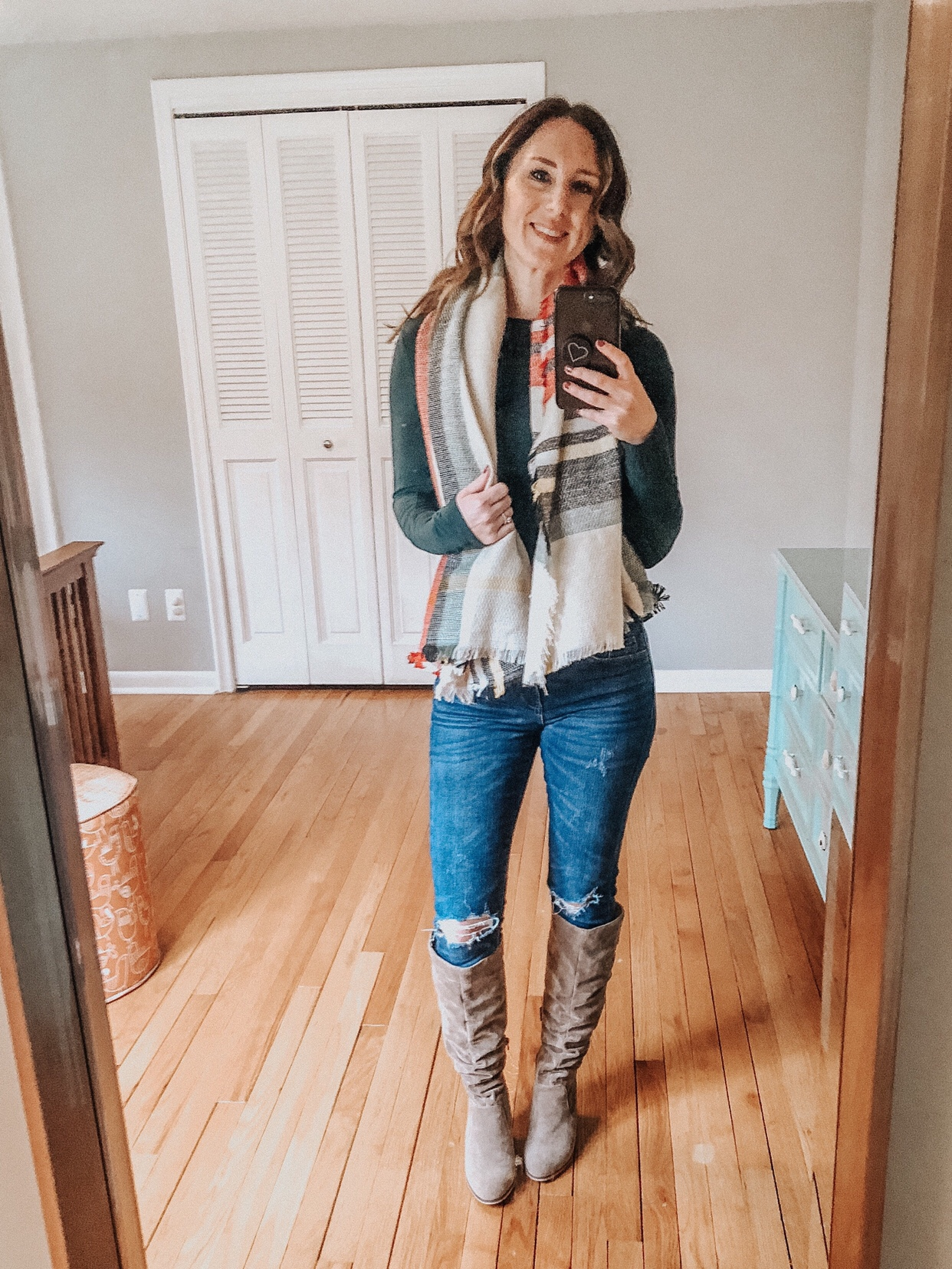 4 Ways to Wear a Blanket Scarf | Daily Splendor Life and Style Blog | scarf, winter, accessories, #blanketscarf #winteroutfit #accessories