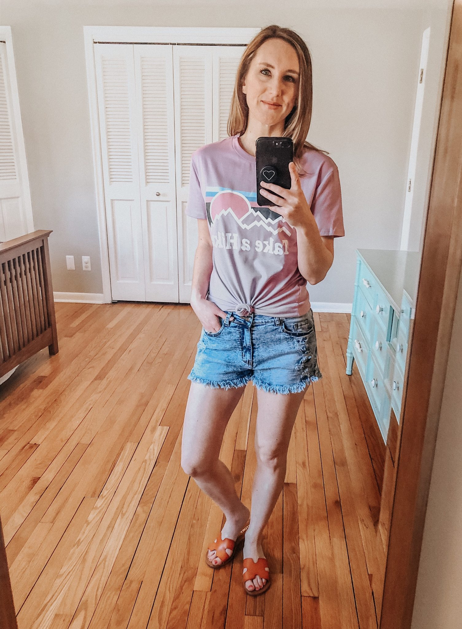 Spring Amazon Haul | Daily Splendor Life and Style Blog || denim shorts, tee, sandals, amazon prime, #springstyle #springfashion #summeroutfit #primefind #everydaystyle #momstyle