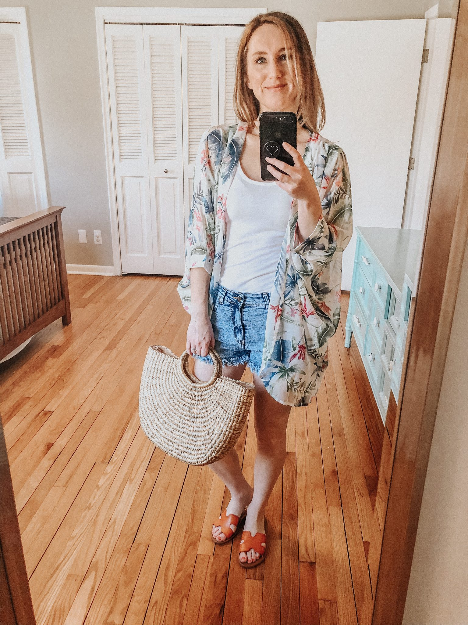 Spring Amazon Haul | Daily Splendor Life and Style Blog || denim shorts, tank, kimono, sandals, amazon prime, #springstyle #springfashion #summeroutfit #primefind #everydaystyle #momstyle #coverup #kimono