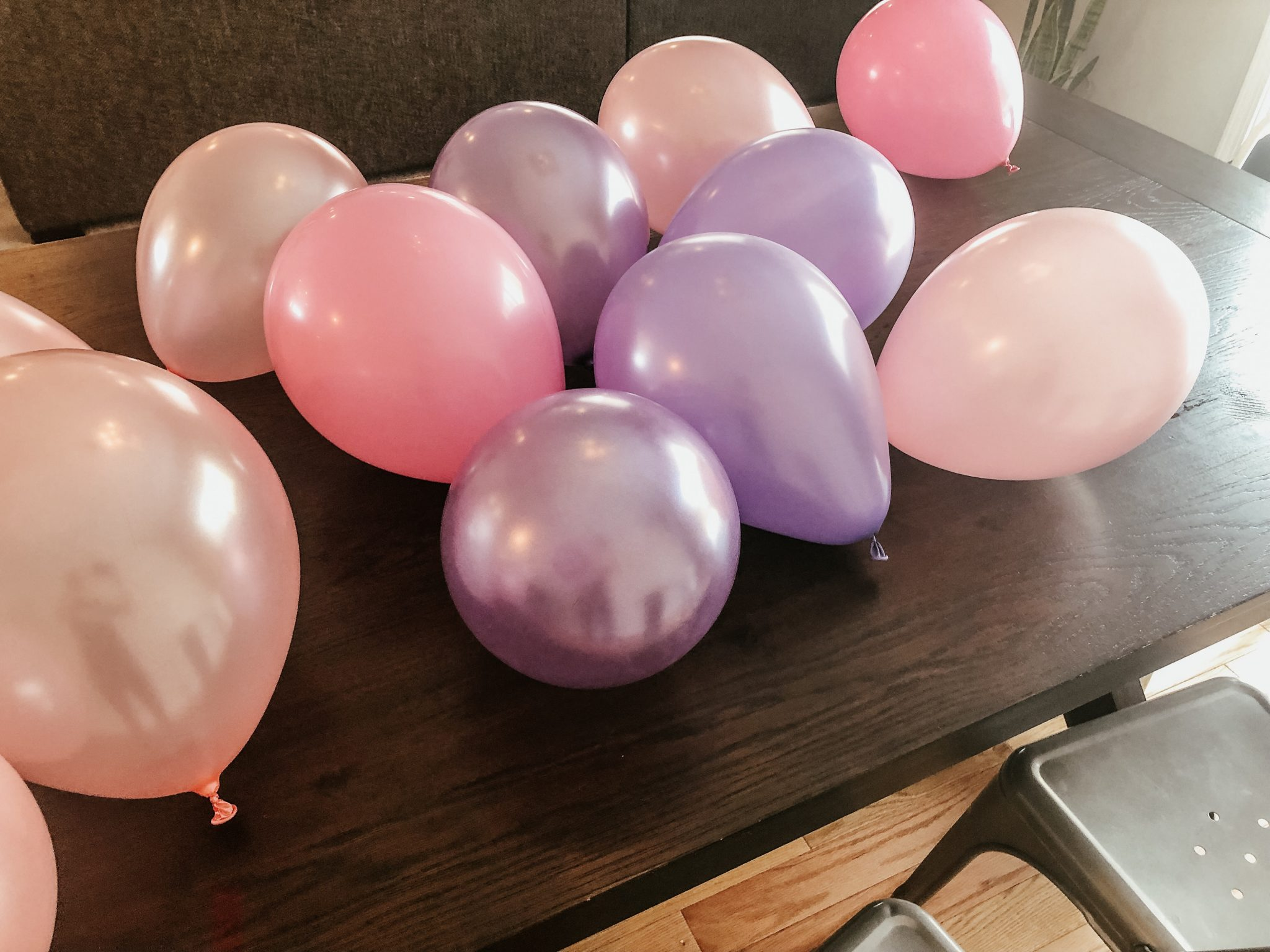 parties made easy | Daily Splendor Life and Style Blog | birthday party, girls party, party box, party decorations #birthdaydecorations #partysupplies #balloongarland #sponsored