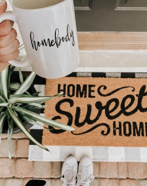 Target Decor Pieces | Daily Splendor Life and Style Blog | Home Sweet Home Doormat | home decor, front porch decor, etsy finds #farmhousestyle #frontporchdecor #targetstyle