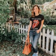 Labor day sales roundup | Daily Splendor Life and Style Blog | band tee, high rise jeans, converse #kutfromthekloth #evereve #sales