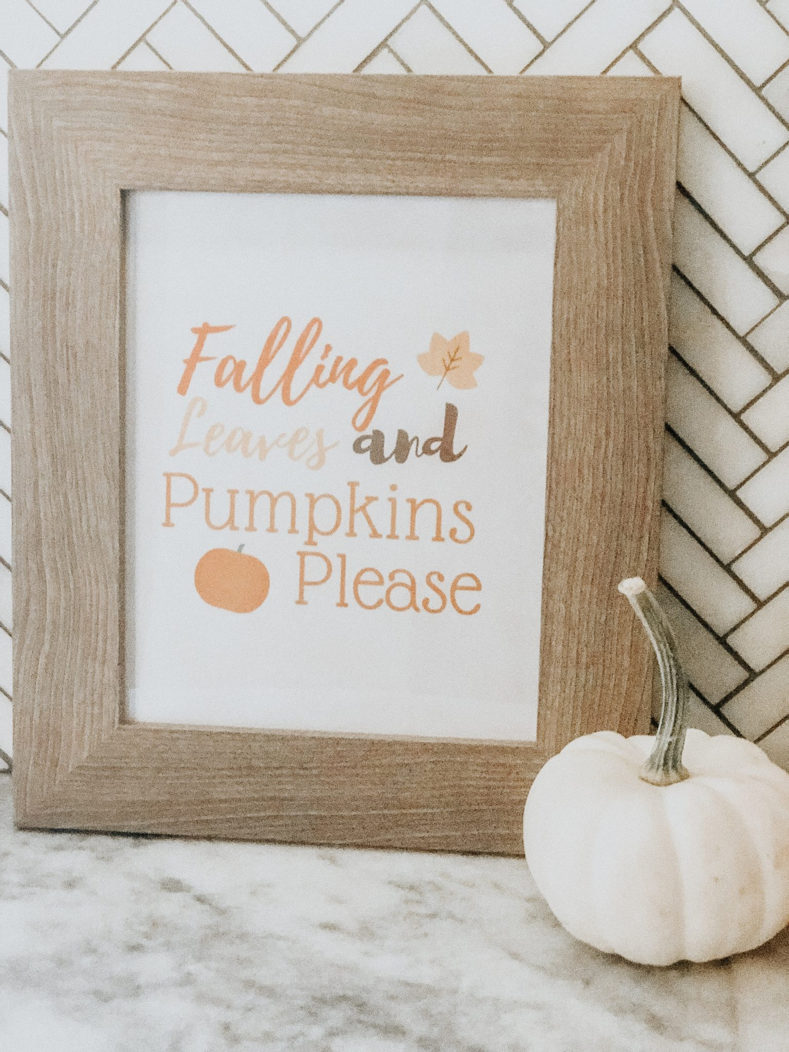 Friday Splendors and DIY Faux Succulent Pumpkin | Daily Splendor Life and Style Blog #falldecor #diydecor #Succulentpumpkin #Fauxpumpkin #fallprintable #freeprintable