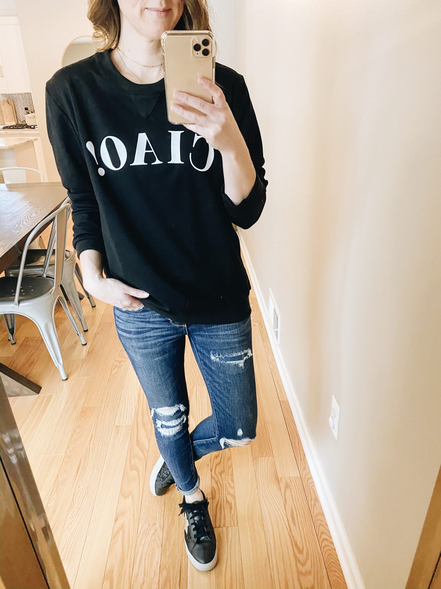 Graphic Sweatshirt Try On | Daily Splendor Life and Style Blog | Ciao sweatshirt #momlife #momstyle #casualstyle #springstyle #springfashion