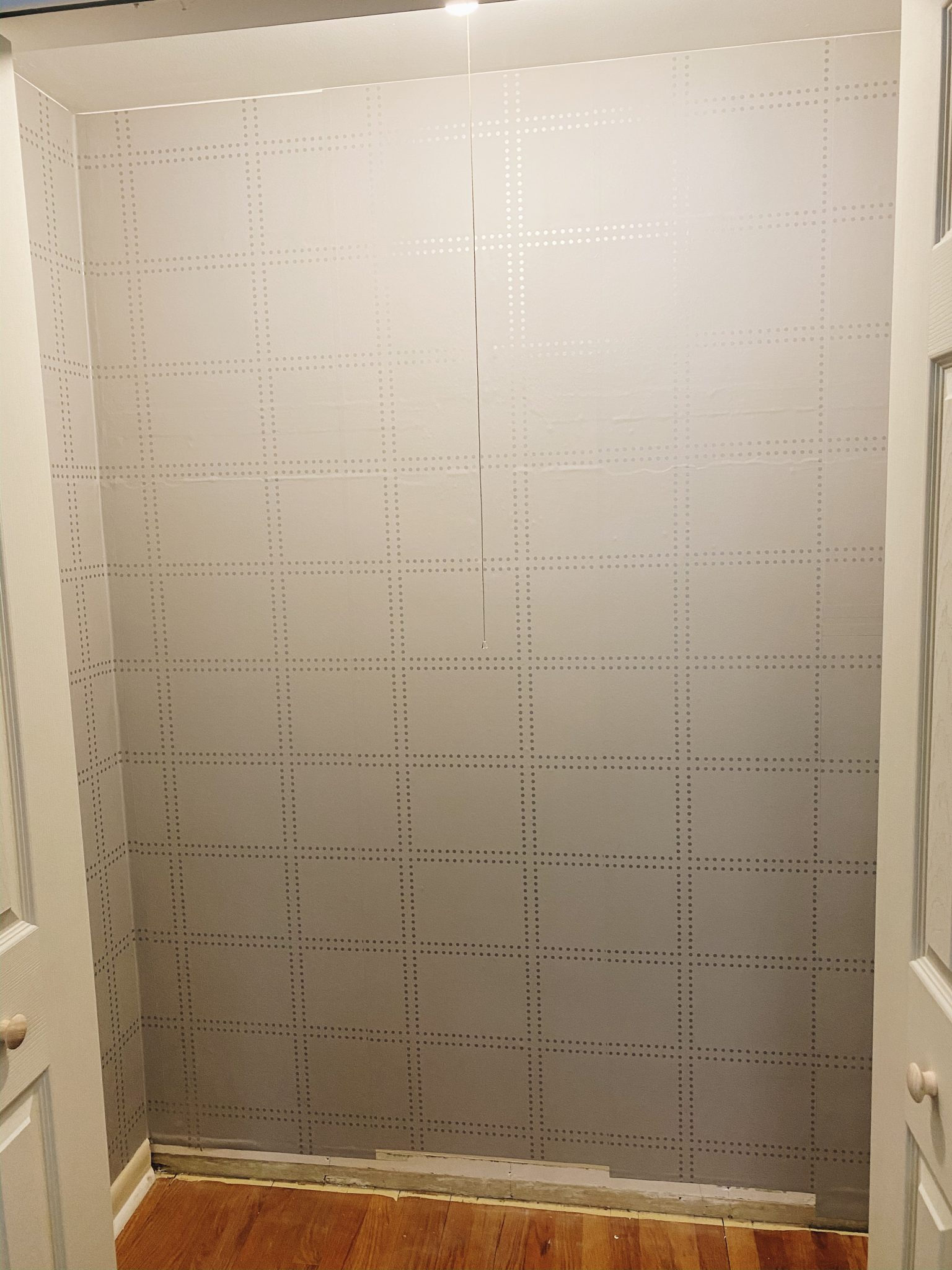 DIY Closet Makeover | Daily Splendor Life and Style Blog | work in progress #closetorganizer #smallcloset #smallspaces #organizedcloset #semicustomcloset #budgetcloset #diycloset #diyhomeproject #thehomedepot #homedepot #beforephoto #wallpaper #closetwithwallpaper