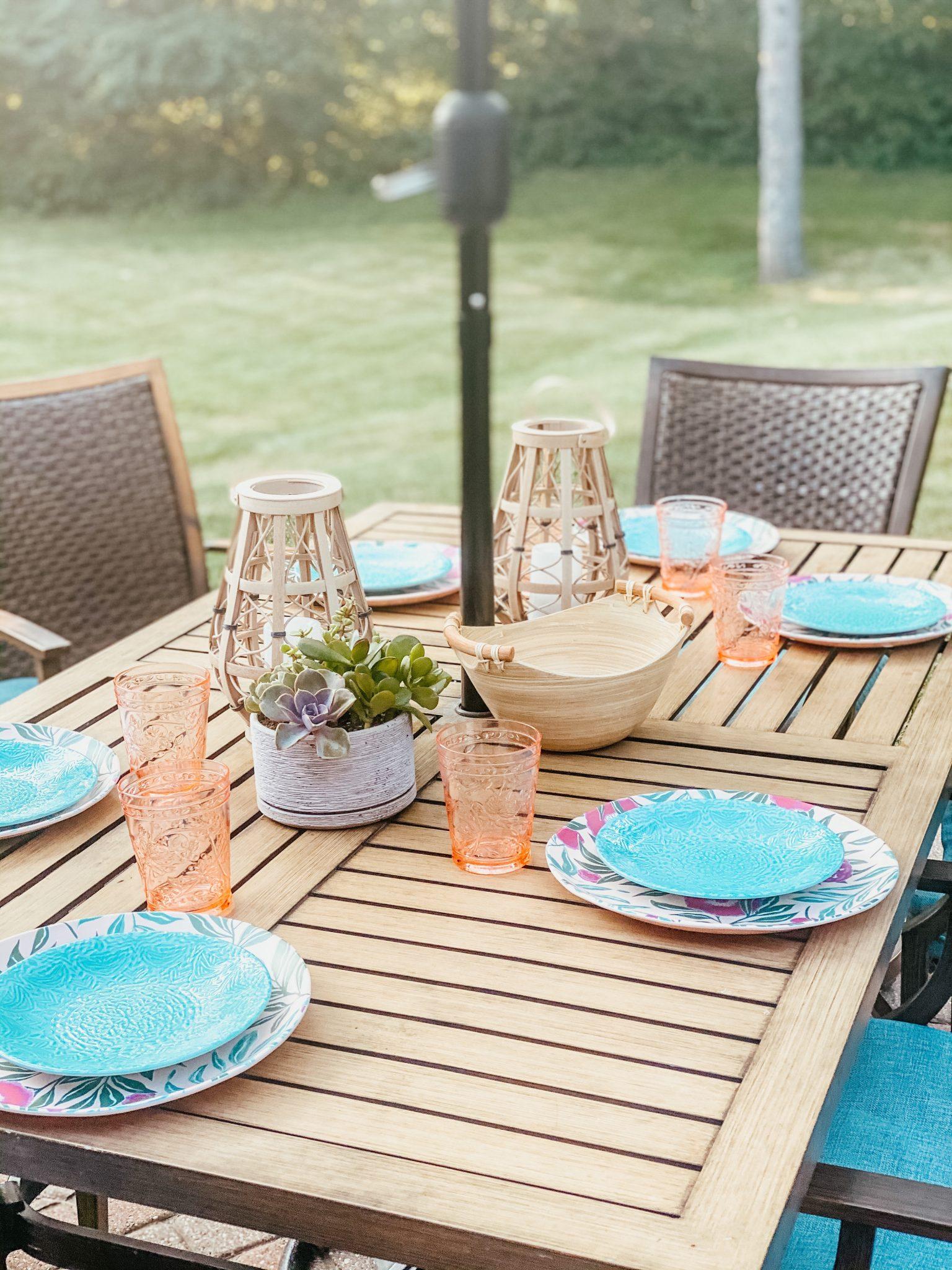 July Favorites | Daily Splendor Life and Style Blog | Outdoor Dining #patiodining #summerdining #melamineplates #lanterns #targetstyle