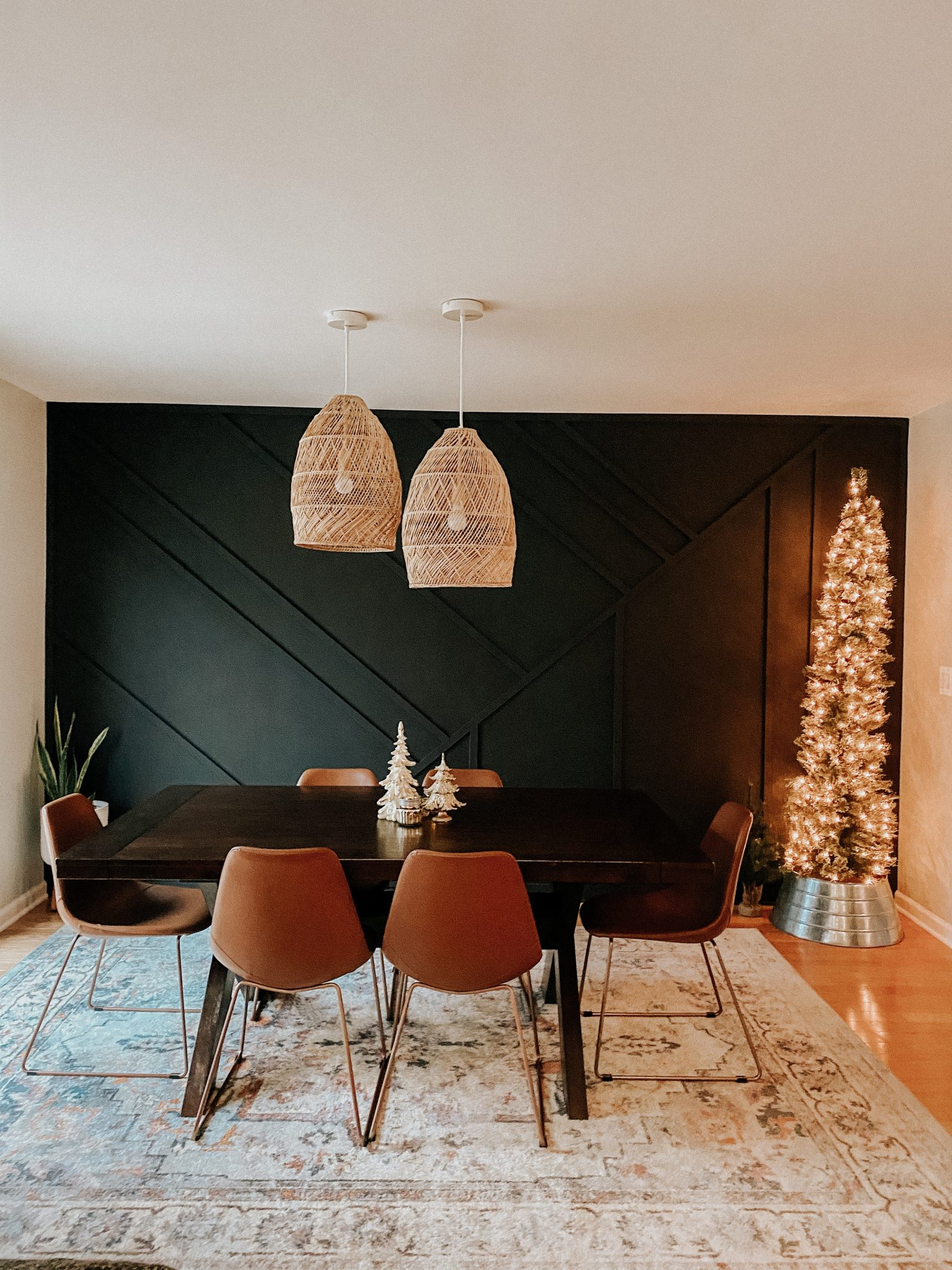 Christmas Home Tour | Daily Splendor Life and Style Blog | Christmas Dining Room #penciltree #accentwall #woodaccentwall #bohodiningroom #hyggehome