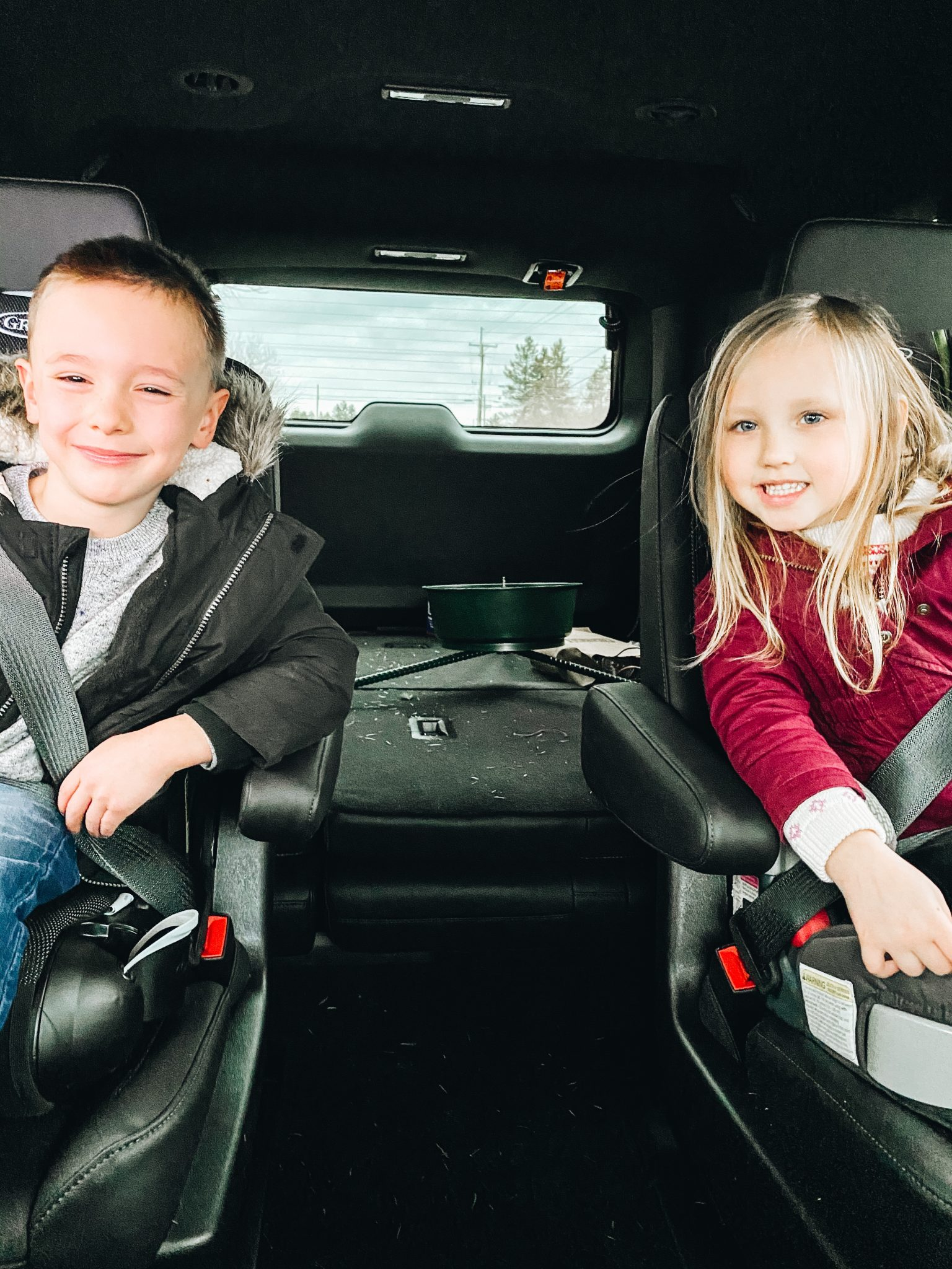 Winter outings with the family | Daily Splendor Life and Style Blog | Kids #familychristmas #holidayfestivities #familyadventures #chevytahoe #2020activities #lifewith littles #Christmastree #momlife